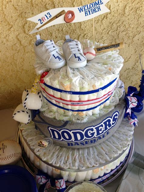 the 25 best ideas about baseball cakes on
