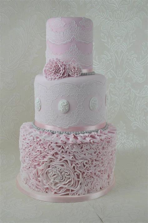 Lace Mats For Cake Decorating by 17 Best Ideas About Cake Lace Mat On Piping