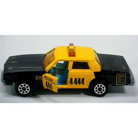 chevy impala taxi majorette chevrolet impala taxi cab global diecast direct