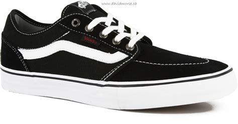 skate shoes canada mens vans lindero 2 skate shoes black white canada outlet