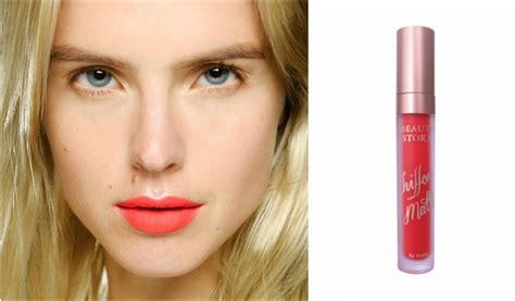 Lipstik Warna Orange lipstik nuansa warna orange bisa bikin wajah tak lebih cerah cek 5 rekomendasinya di sini