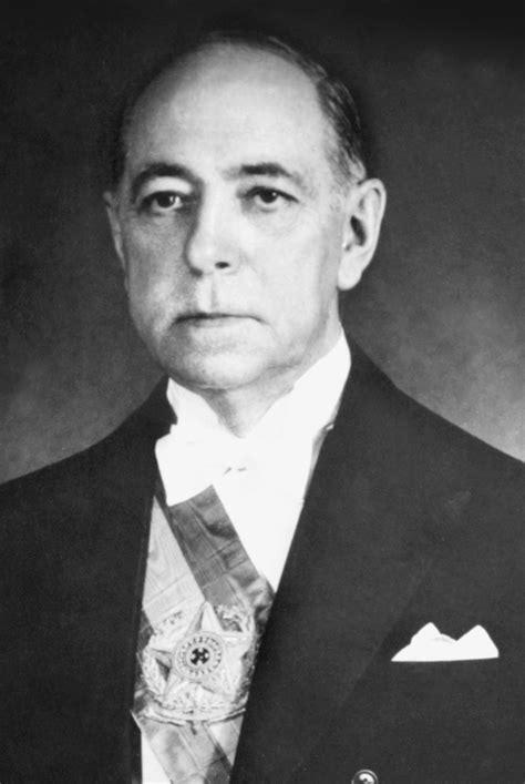 Governo de Nereu Ramos (1955-1956) - História - InfoEscola