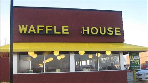 waffle house university armed robbery near waffle house is under investigation ktul