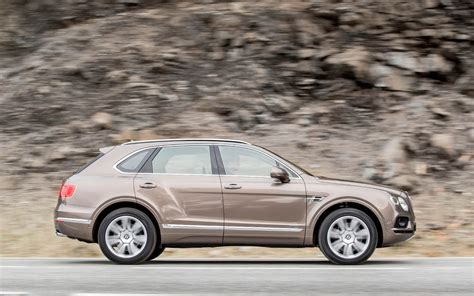 bentayga mulliner comparison skoda karoq 4 215 4 2018 vs bentley bentayga