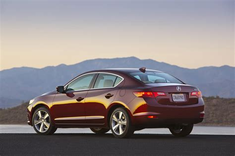 2014 acura ilx photo gallery autoblog