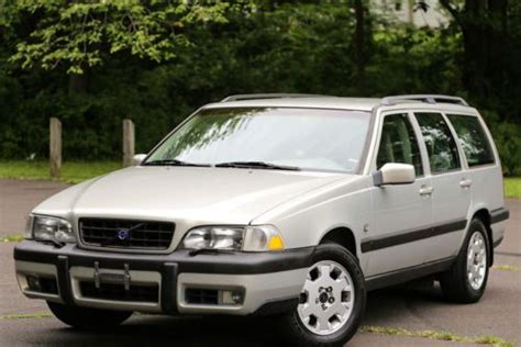 volvo   sale find  sell  cars trucks  suvs  usa