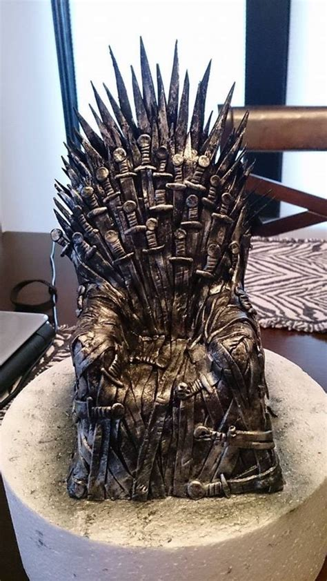 Of Thrones Decorations by 7 Of Thrones Cake For Got Fans Crustncakes