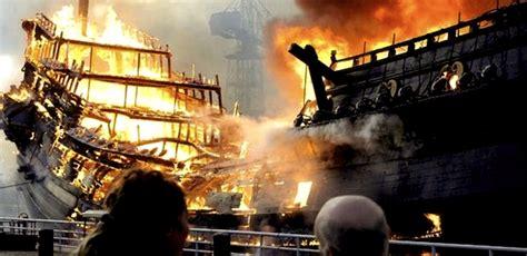 schip brand brand verwoest voc schip in den helder rob scholte museum