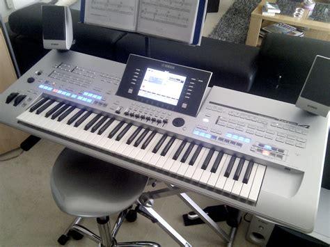 Keyboard Yamaha Tyros 4 yamaha tyros 4 image 270499 audiofanzine