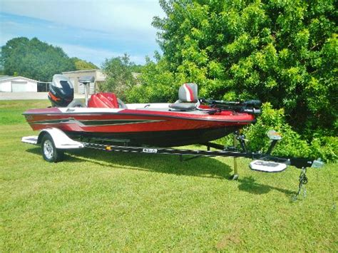 bass cat bay boats for sale bass bass cat boats for sale 2 boats
