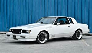 White Buick Gnx 1985 1986 1987 Buick Regal Grand National Turbo T T Type