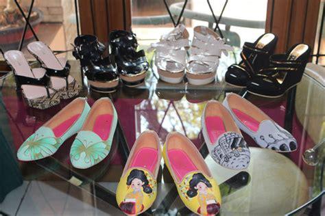 Sepatu Flat Shoes Cewek Sederhana Kualitas Top Unik sepatu lukis produk partner pesanan pada tanggal 10 juli