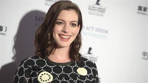 how anne hathaway became the most hated celeb in hollywood how anne hathaway became the most hated celeb