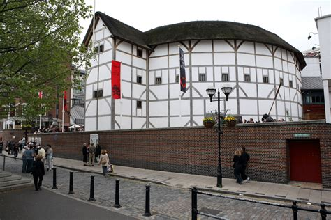 drama  shakespeares globe theatre evacuated
