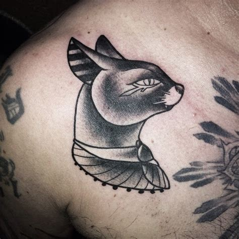 mr hove tattoo gato egipcio tattoo