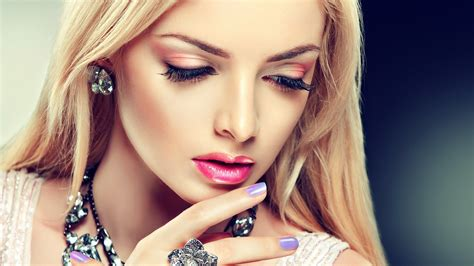 beautiful model hair and make up girl red eyeshadow perfect makeup fashion wide hd