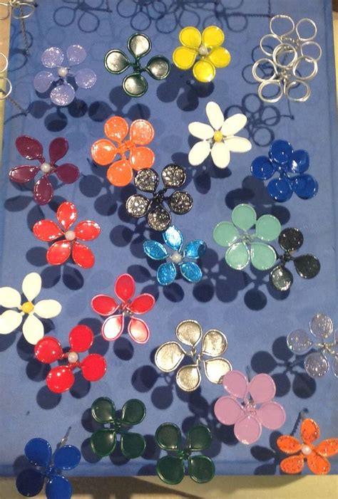 fiori con lo smalto 1000 idee su lavoretti con smalto per unghie su