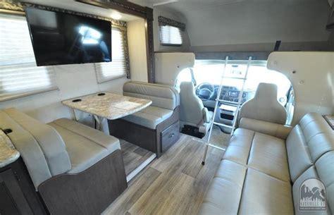Class C Rv Interior by Class C Motorhome Rv Rentals 28 30
