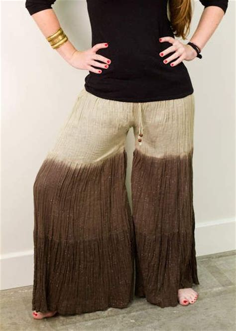 a simple how to on turning an skirt into a pair of