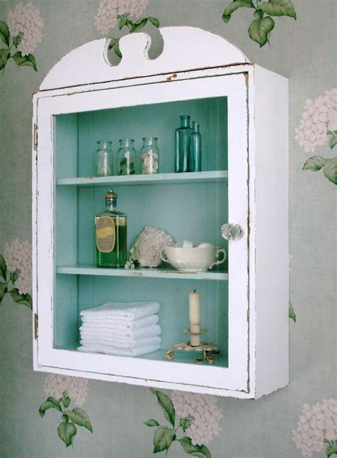 beach bathroom cabinets our new friends at the fishermans cottage shared this shabby chic bathroom cabinet