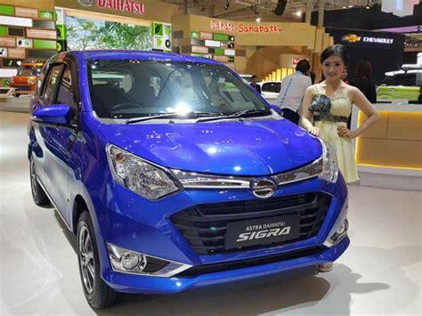 Cover Mobil Cover Bodycover Mobil Daihatsu Sigra Baru harga lengkap 10 varian daihatsu sigra mobil123
