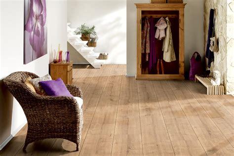 lärche dielenboden parquet prefinito listoni pavimenti in laminato