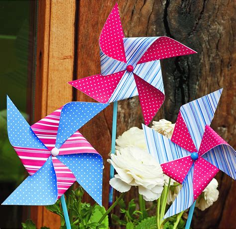 Paper Windmills - how to make a paper windmill