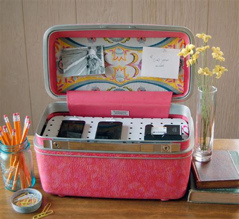 Handmade Suitcase - diy furniture ideas turning suitcases into fancy