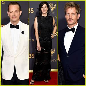house of cards emmy house of cards joel kinnaman neve cbell paul sparks team up for emmys 2017