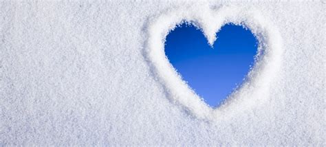 Home Design 3d Download Kostenlos lovely heart shape on snow facebook cover
