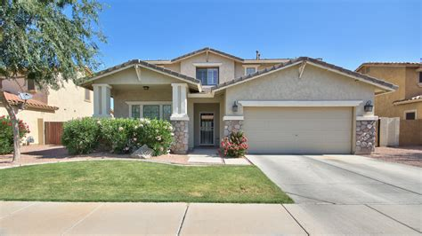 5 bed 3 bath south gilbert home for sale with pool in