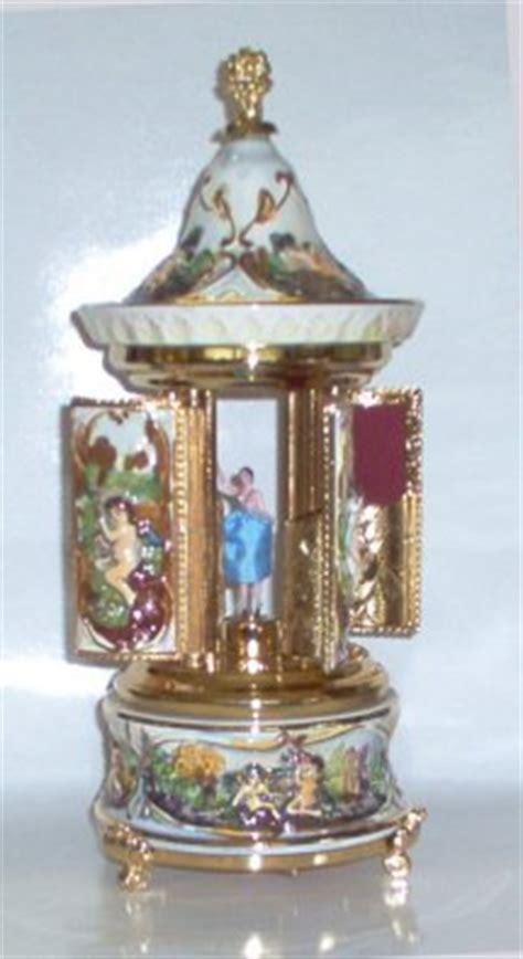 Suplier Box Carousel Silver Giq6 Capodimonte Musical Carousel With Ballerina