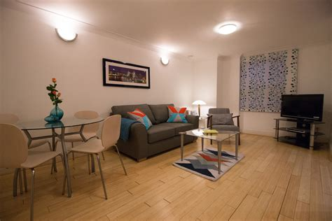 bedroom bar old street serviced apartment monument city to rent let short