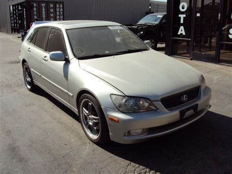 lexus station wagon 2002 lexus is300 4 door station wagon 3 0l in line at rwd