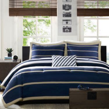jcpenney dorm bedding 24 best images about nick s room on pinterest blue