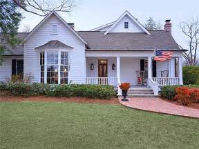 at home nashville southern trisha yearwood selling country house near
