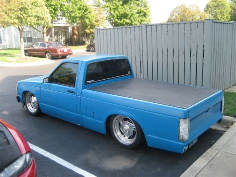s10 bed cover 1992 chevrolet s10 bagged 3 000 possible trade 100335536 custom mini truck