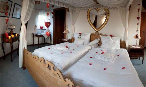 Deko Hochzeitszimmer by Hochzeitszimmer Dekorieren Execid
