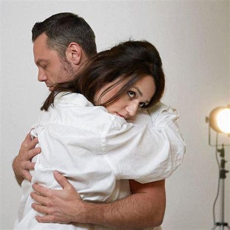 frasi consoli un lungo abbraccio tra tiziano ferro e consoli