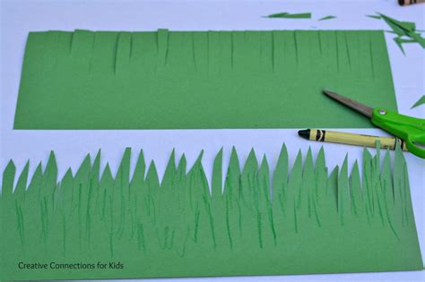 How To Make Grass Out Of Tissue Paper - a crown of grass