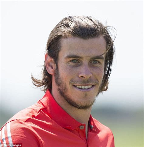 whats bales haircut called gareth bale picks up silverware after winning celebrity