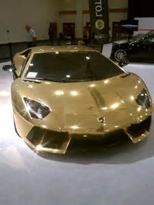 How Much Does A Lamborghini Aventador Cost Golden Lamborghini Aventador At The Miami International
