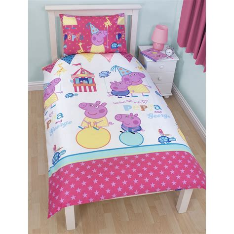 peppa pig bedding peppa pig funfair bedroom range duvet covers junior