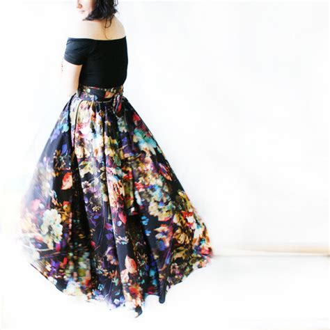Flower Skirt Rok shirt flowers skirt maxi skirt black shoes midi skirt