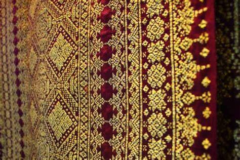 Kemeja Batik Palembang mengenal batik palembang dan penjelasannya jnj batik