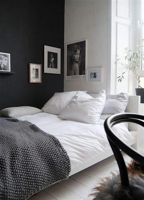 Black Walls Bedroom by Accent Black Wall For Bedroom Home Decorating Trends
