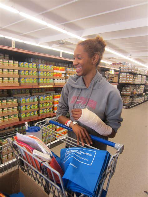 Lss Food Pantry by What Is A Food Pantry Lss Food Pantries