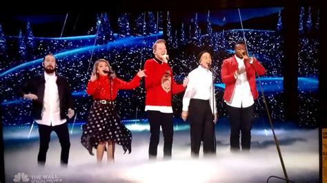 pentatonix sings merry christmas happy holidays