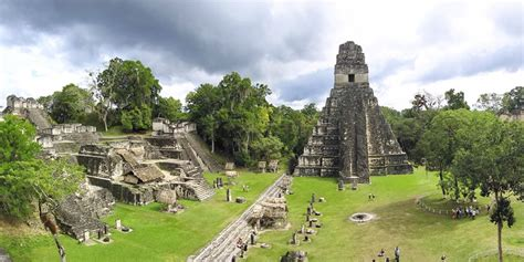 gua de los rboles 8484763129 figuras mayas guatemala pictures to pin on pinsdaddy