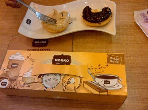 Sofa Kediri beberapa varian topping foto mokko factory donuts